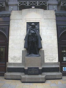 The statue at Paddington station